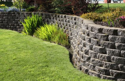service-retaining-walls-01